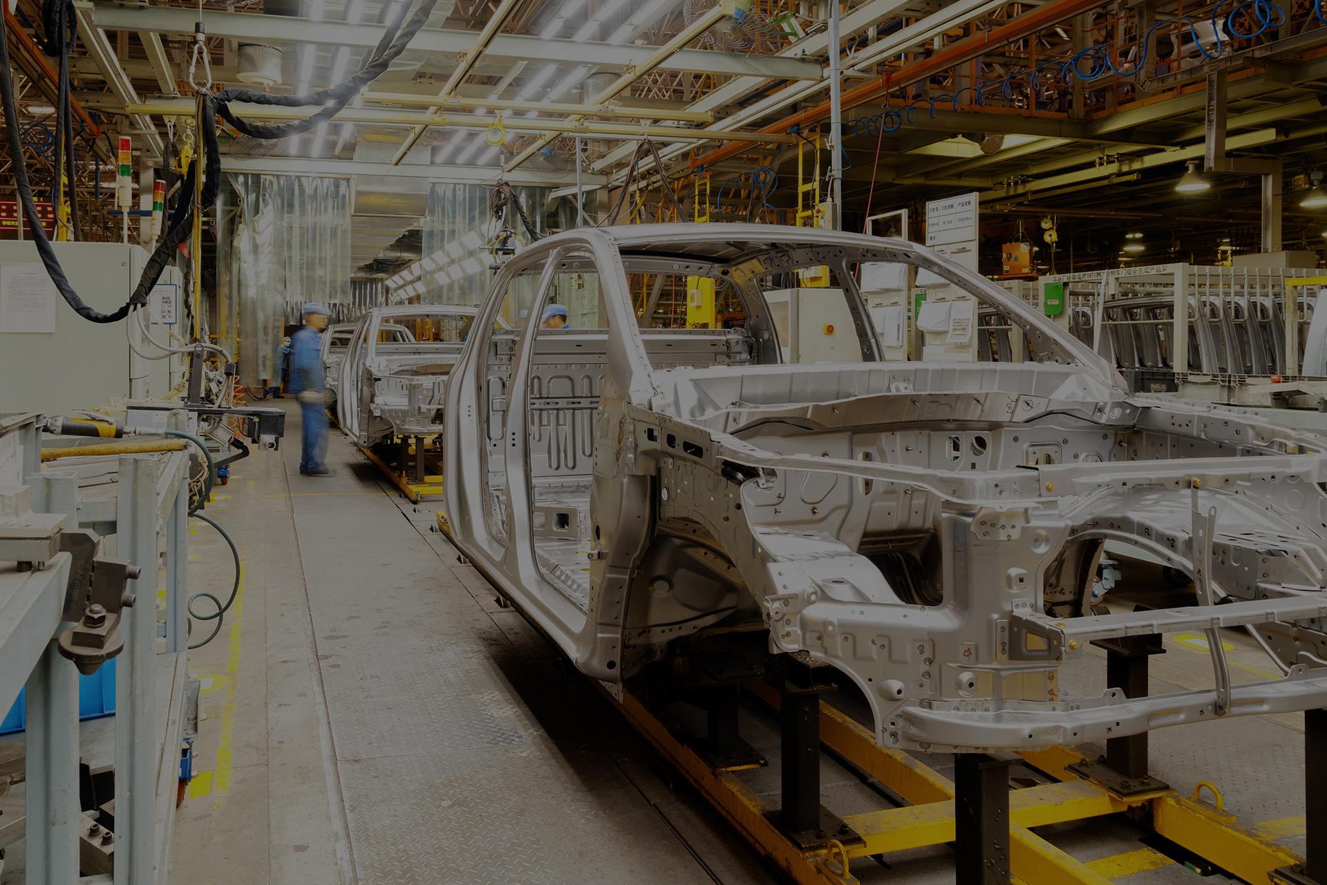Relokacja i montaż urządzeń i linii produkcyjnych.